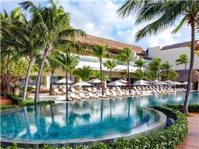 grand-velas-riviera-maya28-grandclass-pool