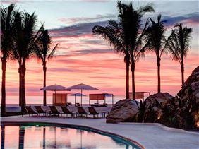 Atardecer y piscina de Velas Resorts, Riviera Nayarit