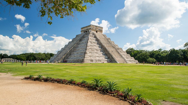 Visita Chichén Itzá con la experiencia Skip Generations