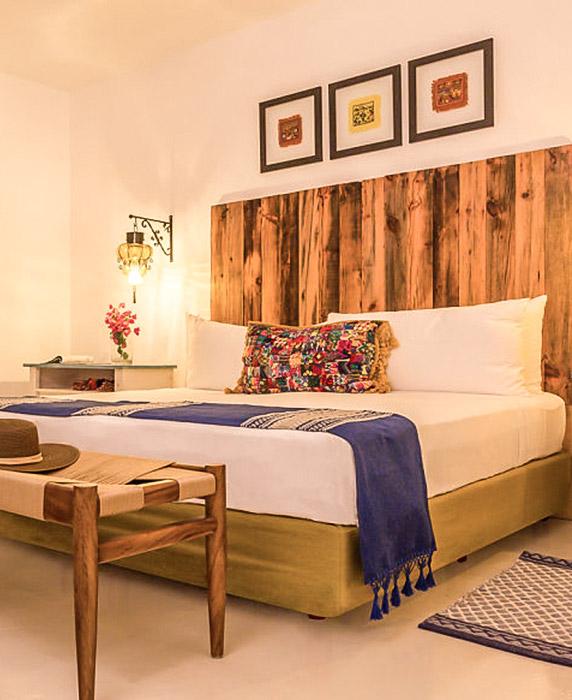 Redescubre el encanto de Los Cabos en un hotel boutique frente al mar
